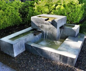 austin water features and pools